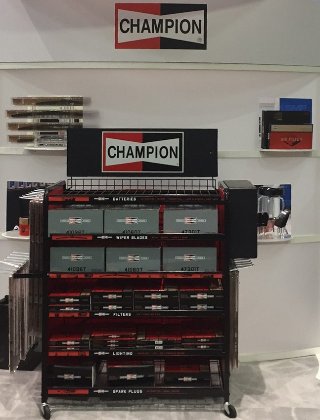 Chanpion Display_Crop